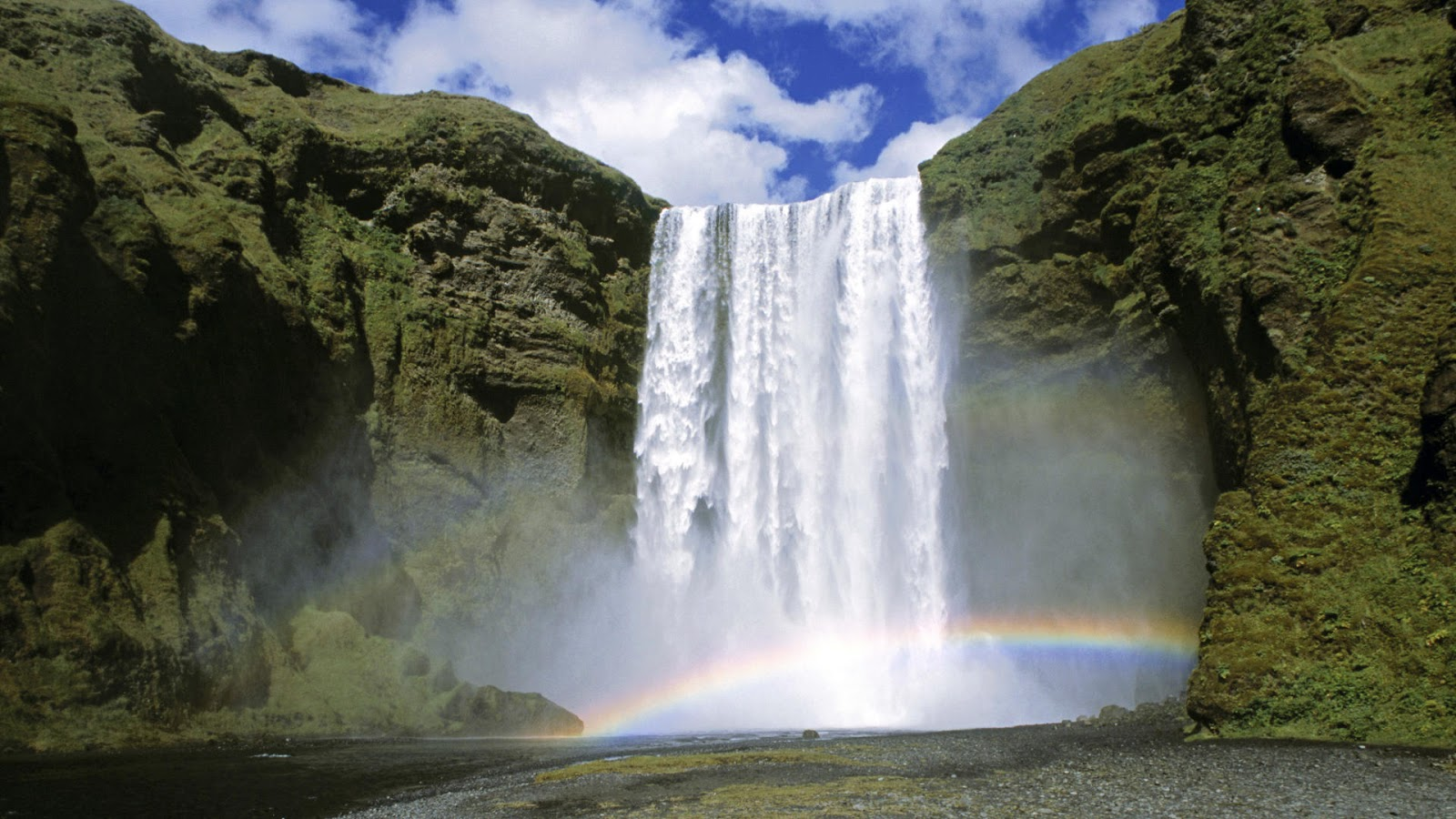 skogafoss_waterfall_iceland.jpg