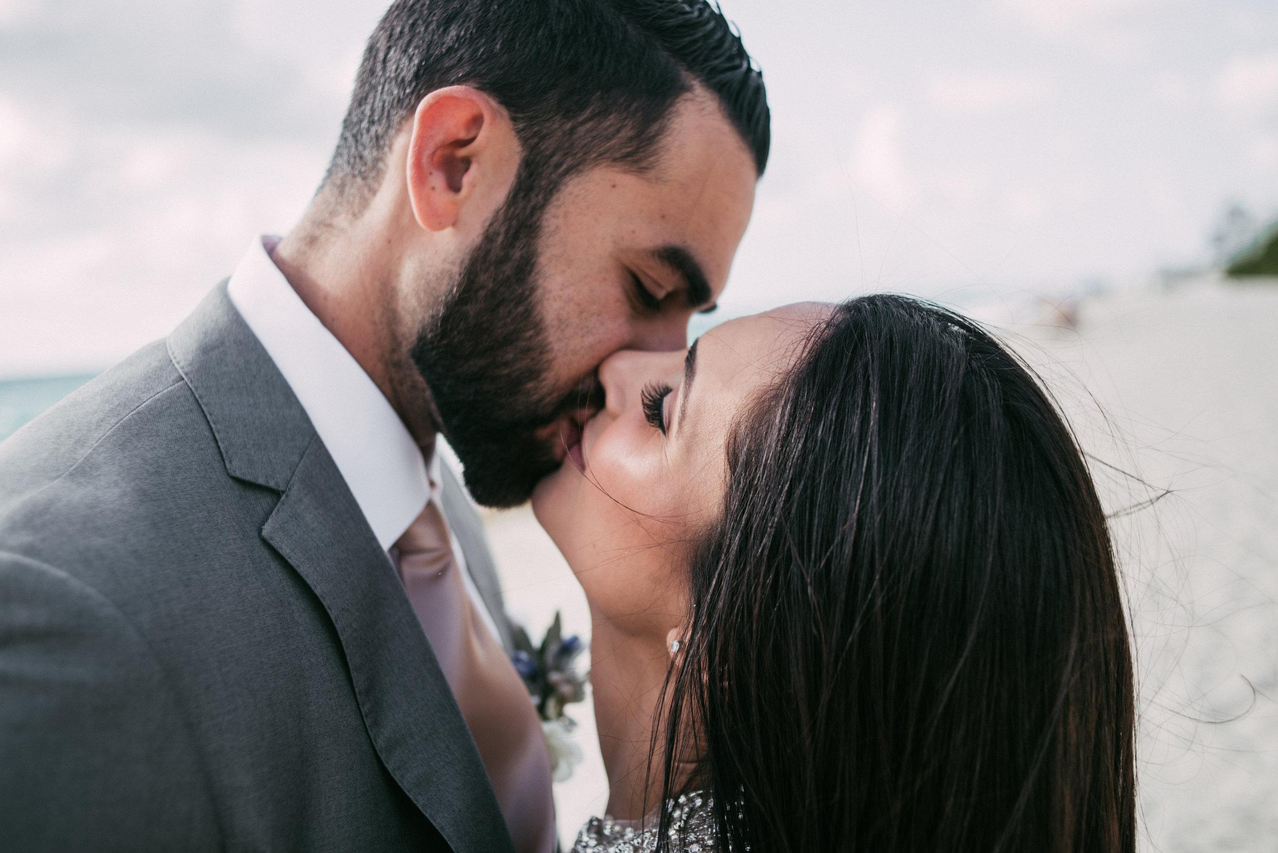 wedding_photographer_miami_sara-lobla_0038.jpg