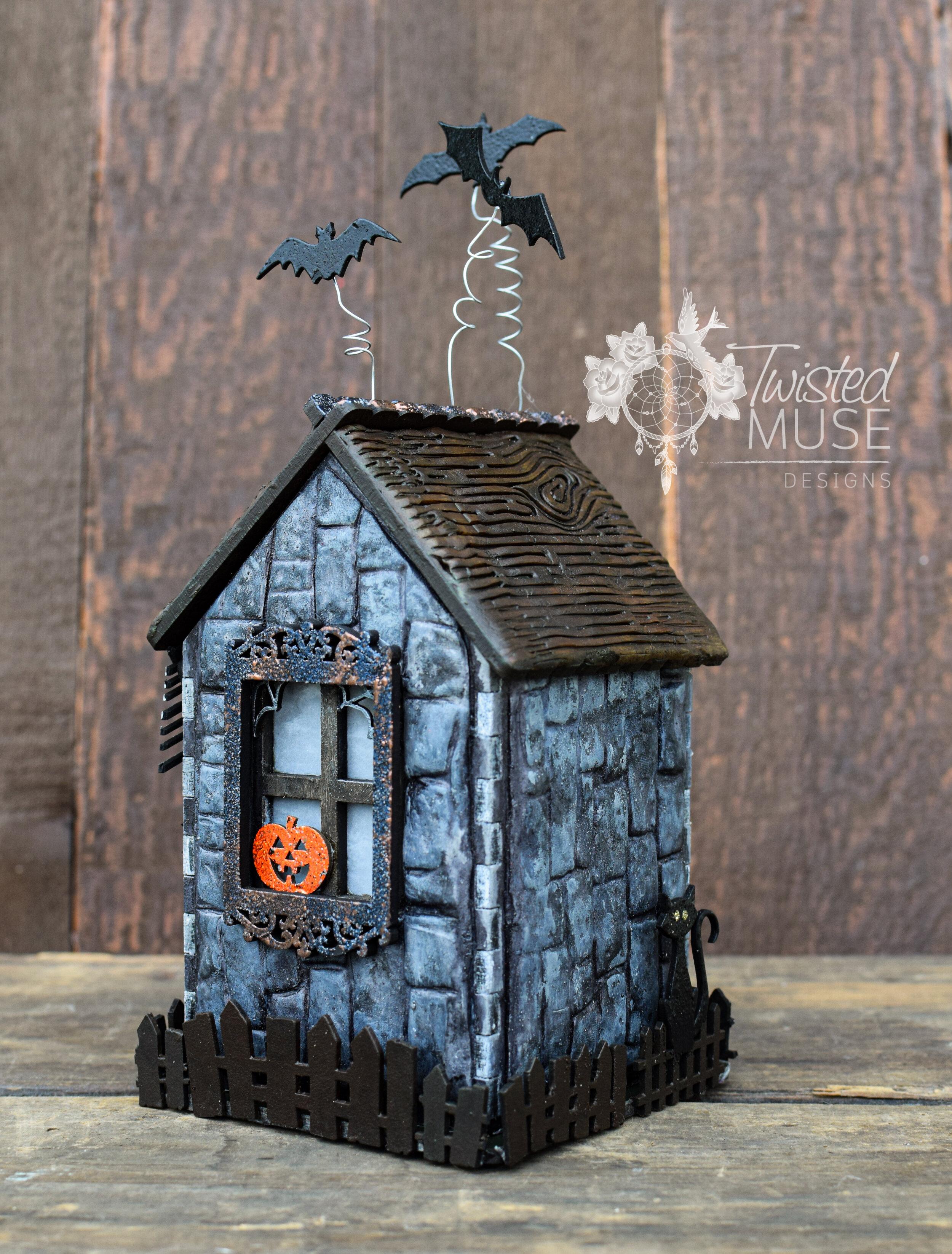 Halloween Cottage 1.jpg