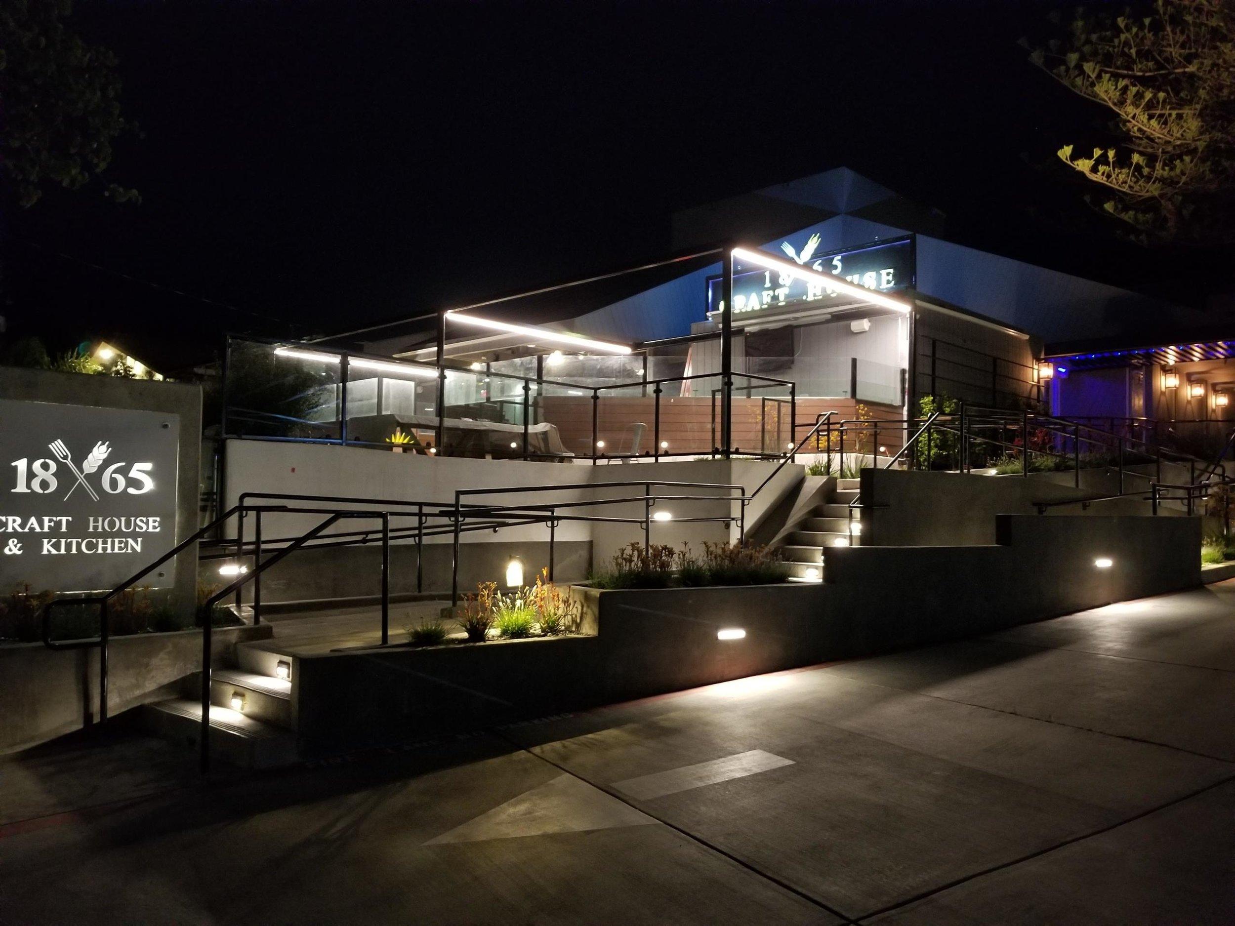 1865 Monterey Street San Luis Obispo, CA, 93401 (805) 439 3739