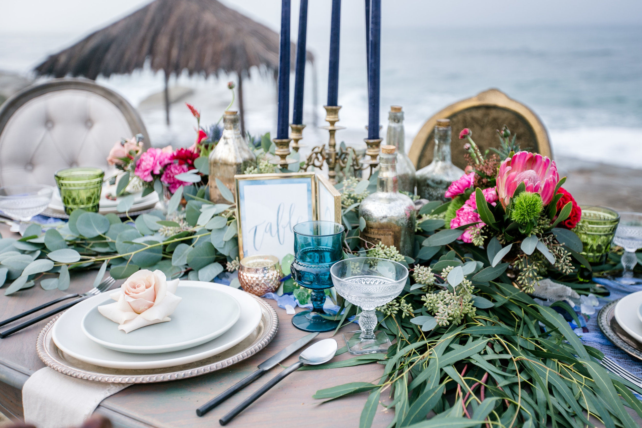 Mint.Daily - Do you have all the elements in place, but need help setting up a beautiful space on the day of your event? I'm here to help!