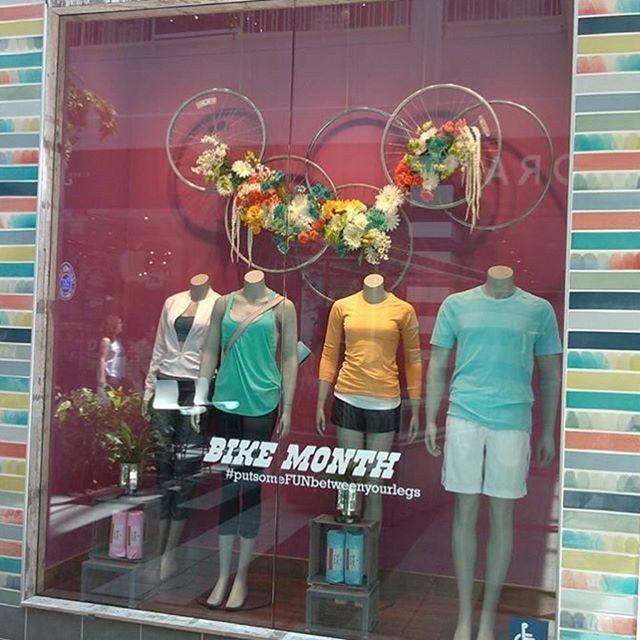 BACK IN THE DAY WINDOW DISPLAYS👩🏻🎨 circa 2013-2014. Big thanks to my past with #lululemon for the beginning of my installation art journey. All these windows were my visual expression of athletic gear collaborating with inspiring Sacramento events, foundations, and businesses.  #windowdisplay #installationart #bikemonth #putsomefunbetweenyourlegs #festivalseason #itsfiveoclocksomewhere #africayogaproject #ruhstallerbeer #peacedaysacramento2014