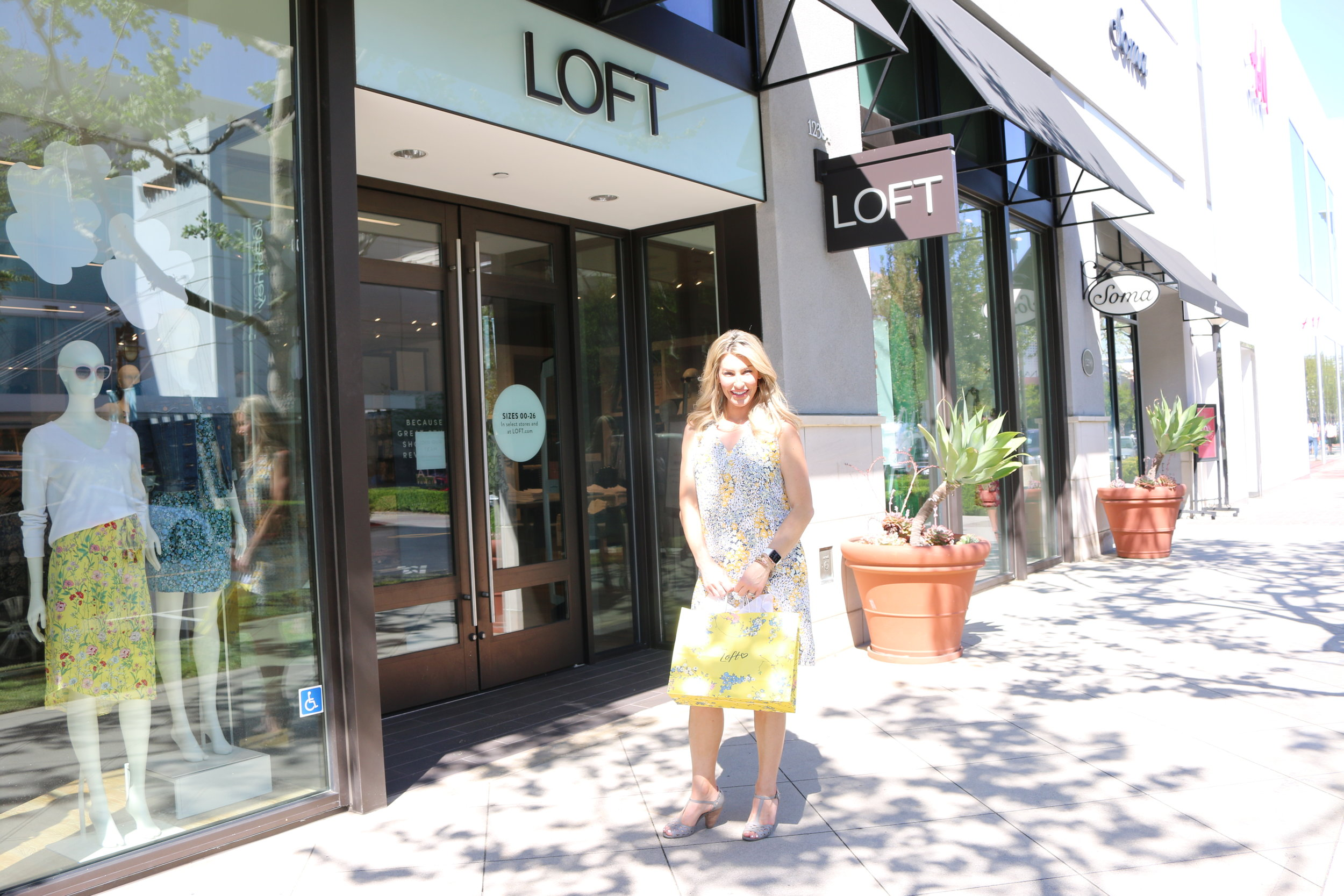 A special thanks to LOFT Victoria Gardens, where you will find the best customer service around town!