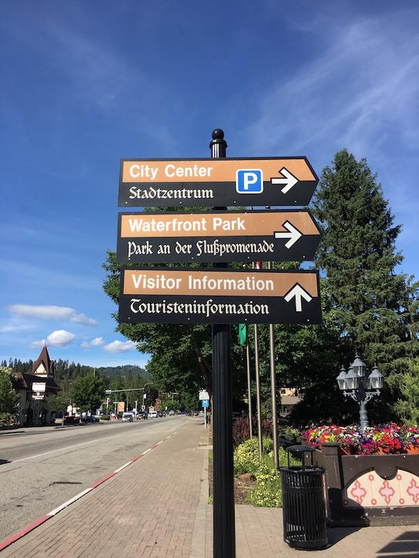 Street Sign in Leavenworth.jpg