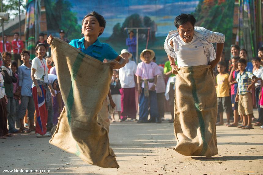 Village-Festival-4-by-Kimlong-Meng.jpg