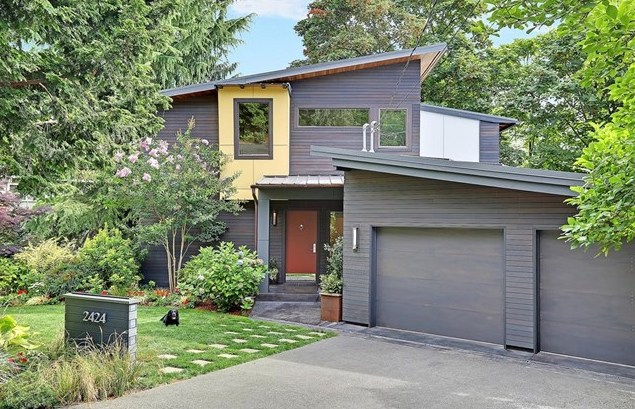 Listing ____________ SOLD Price $1,385,000 Mercer Island, WA