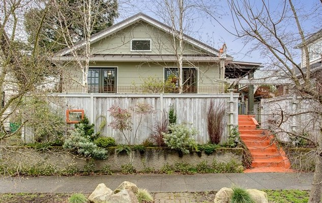Listing ____________ SOLD Price $675,000 West Seattle, WA
