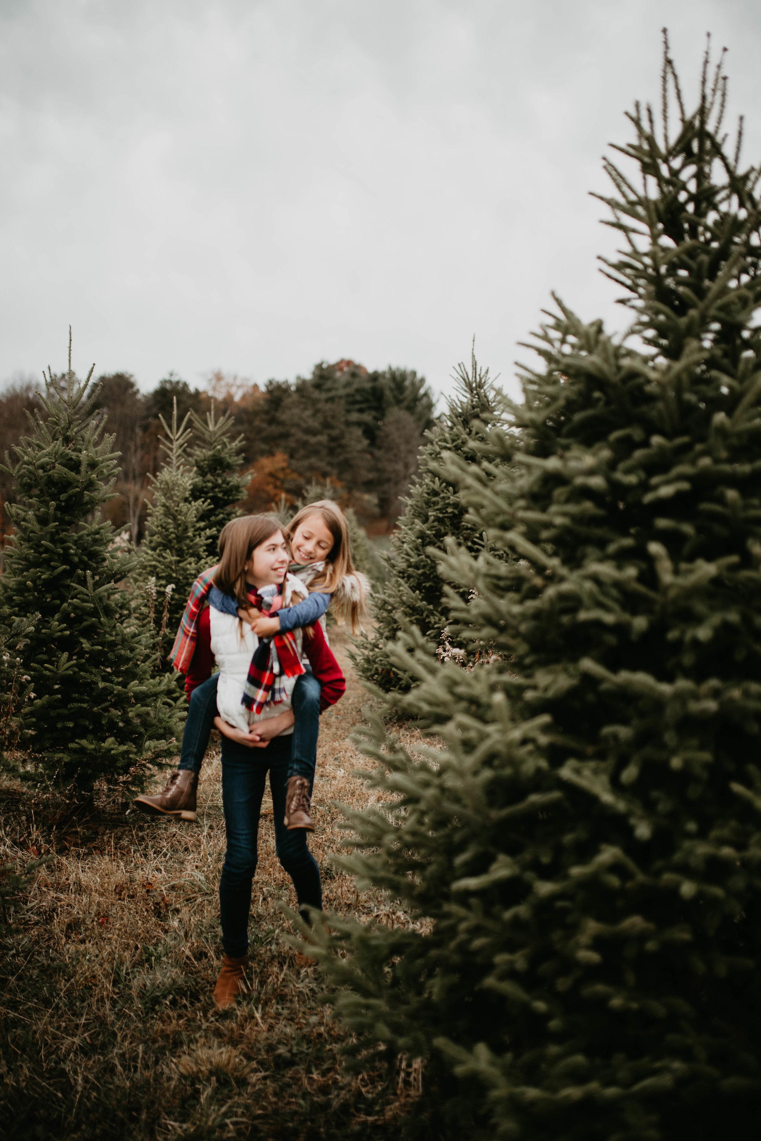 kids christmas 25 (1 of 1).jpg