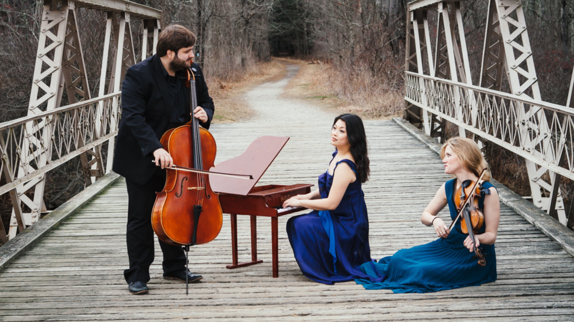 Neave Trio: cellist Mikhail Veselov, pianist Eri Nakamura, and violinist Anna Williams. Photo credit: Mark Roemisch