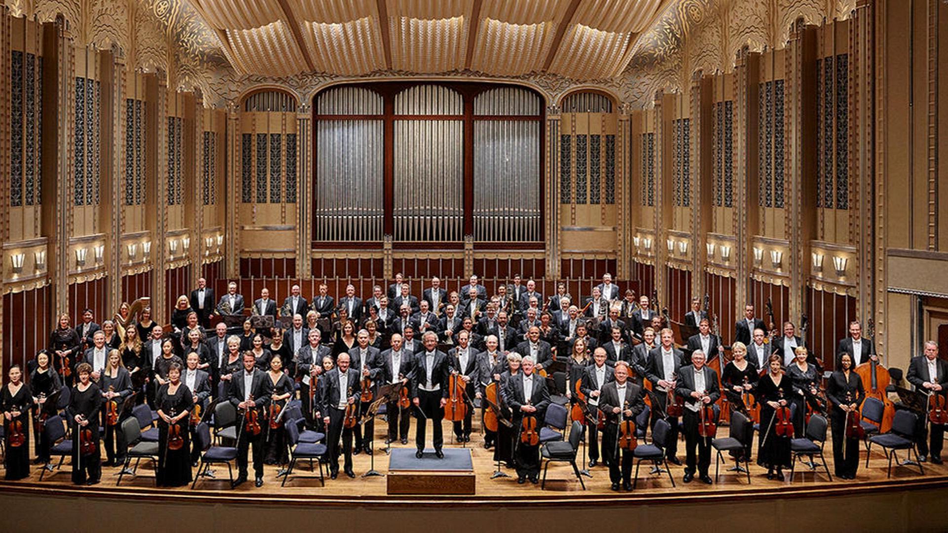 The Cleveland Orchestra / Photo credit: Roger Mastroianni