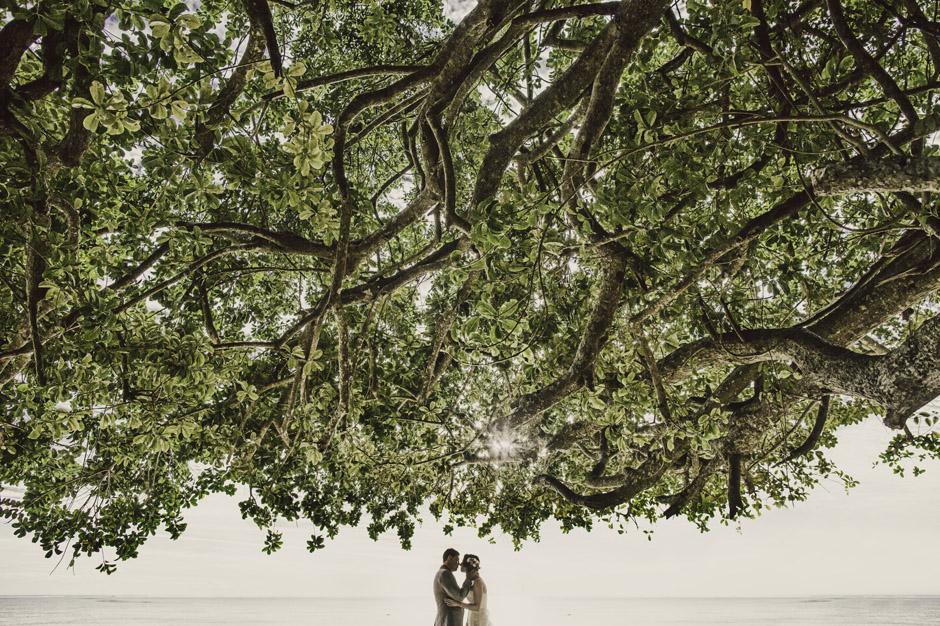 Nissa&Lucas0551cbb_warwick_resort_wedding_photo.jpg