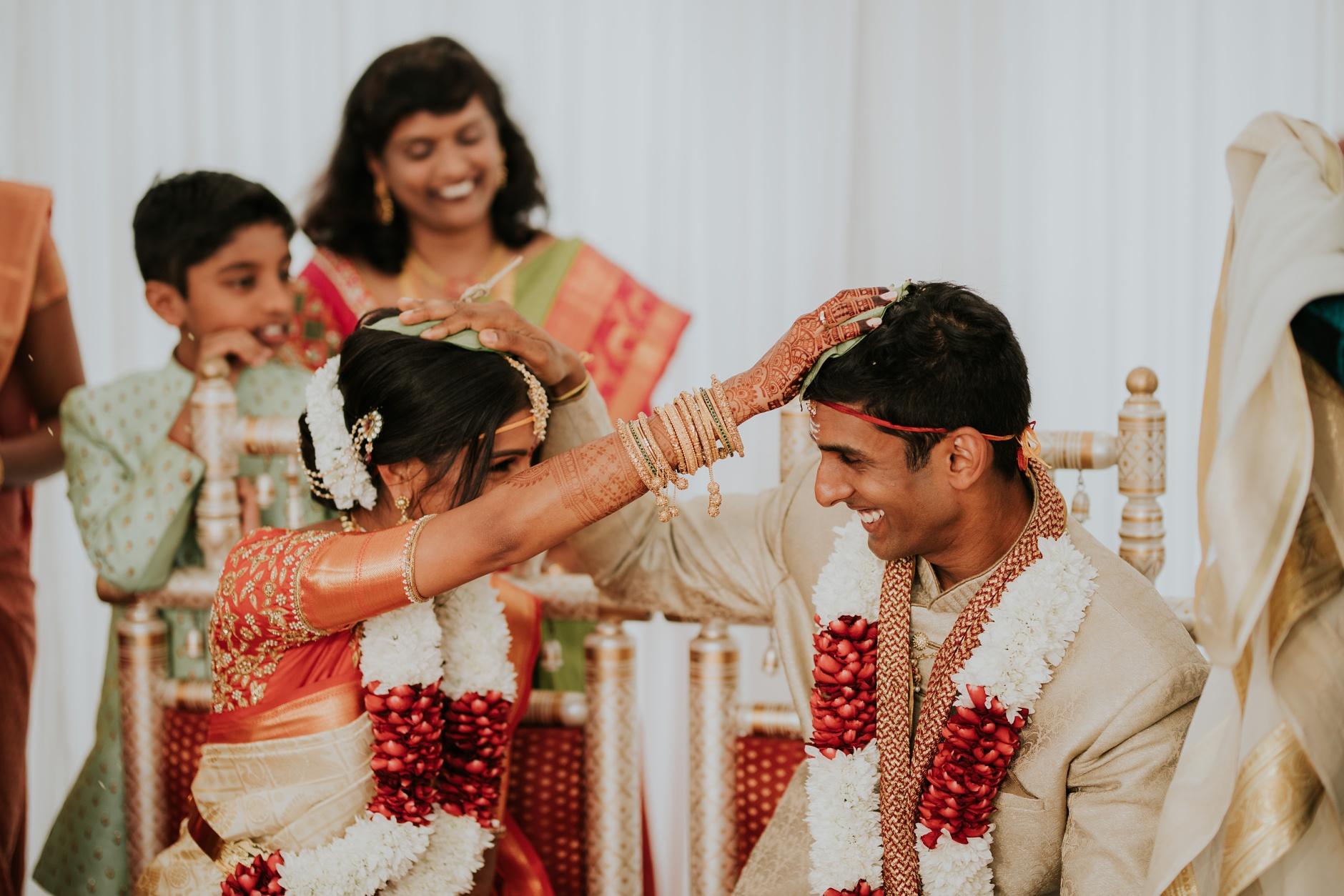 brahman&priyanka0533a_Byron-Bay-Weddingbb.jpg