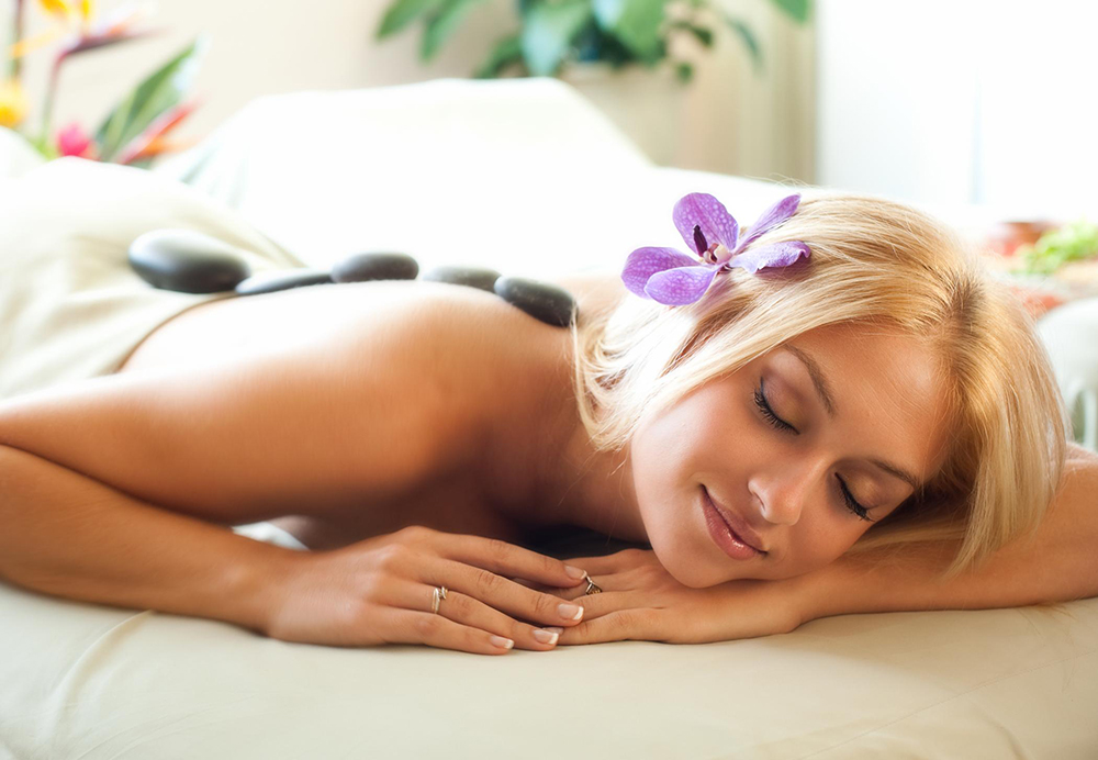 A guest enjoys a treatment at the Spa at Black Rock