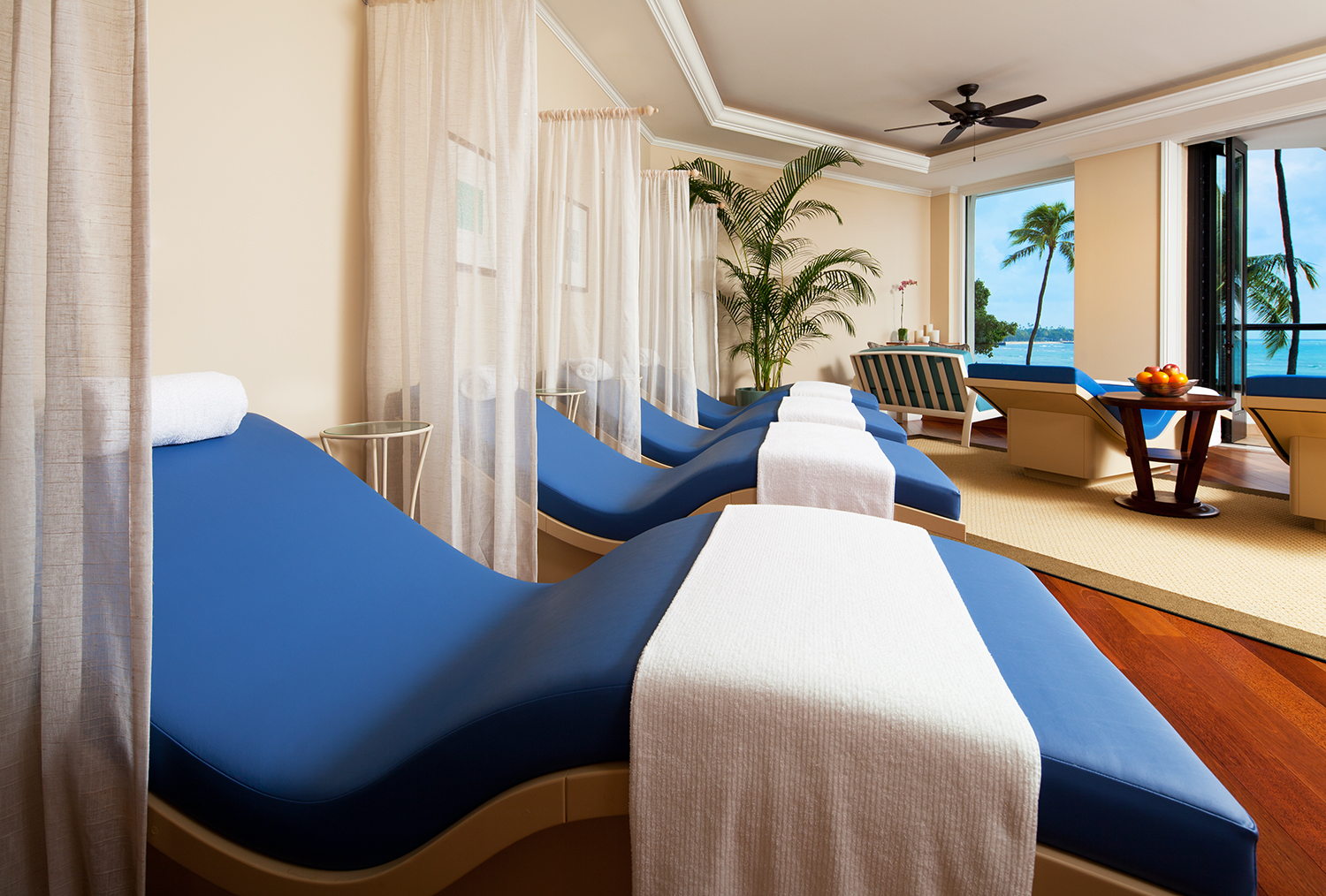 Guests can decompress in separate men's and women's relaxation lounges.