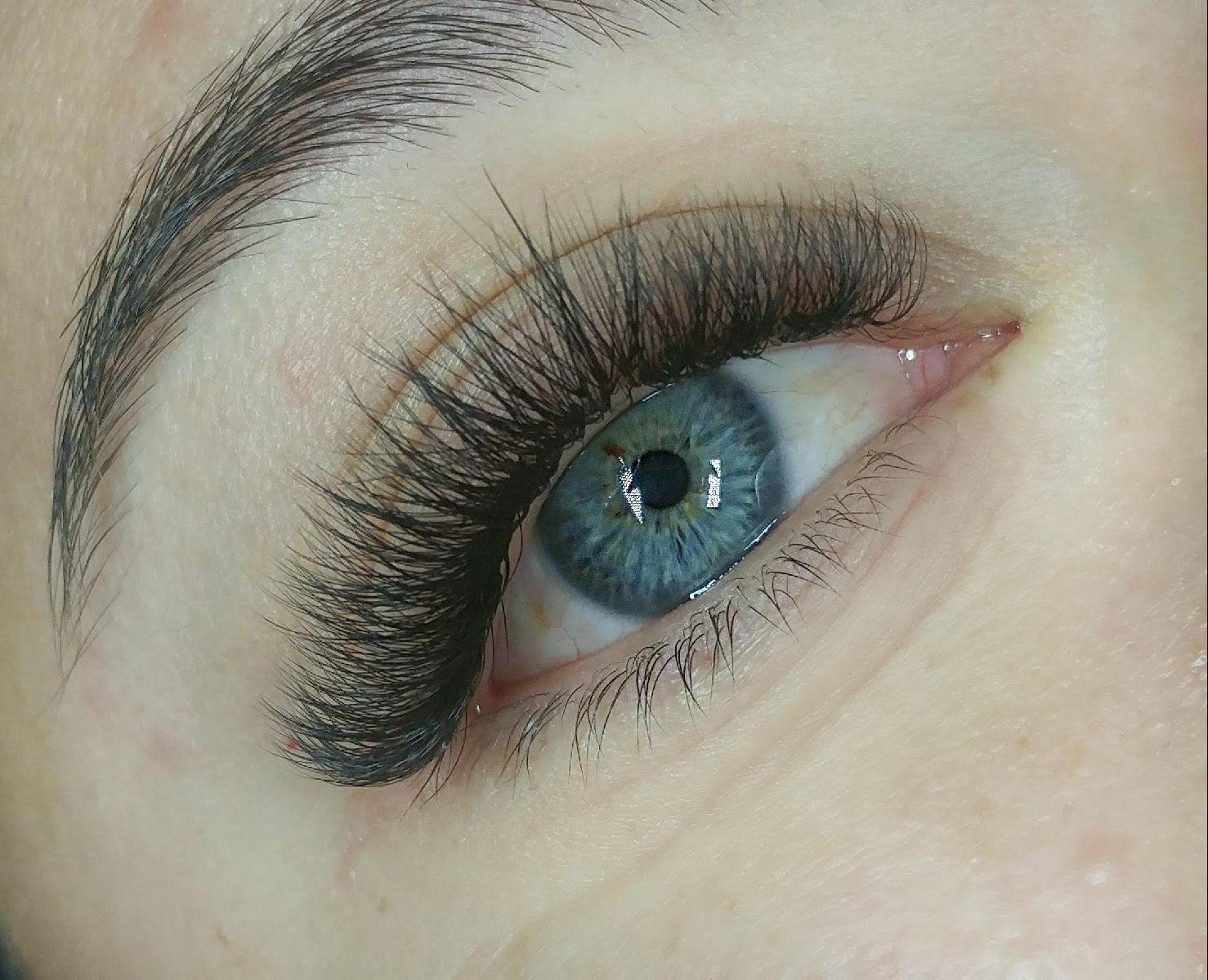 Beautiful eyelash extensions byBridgette Browning, aka The Lash Slayer
