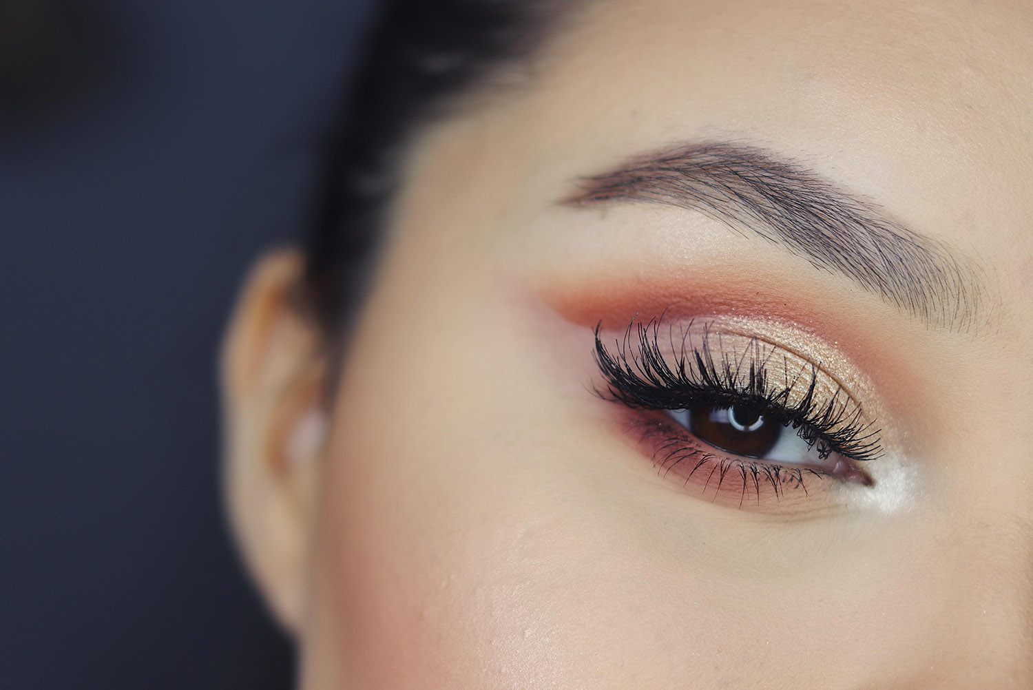 Coconut oil is a great natural eye makeup remover.