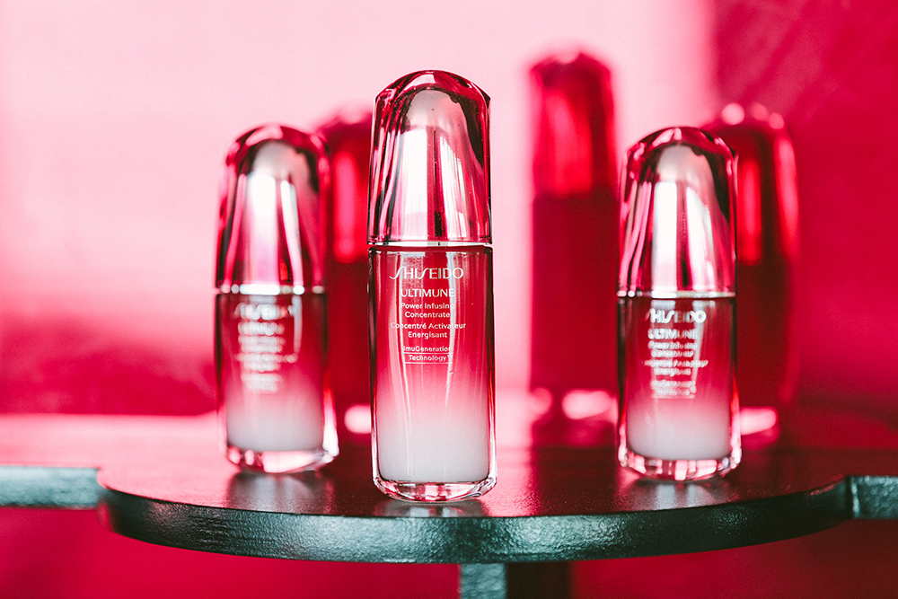 Shiseido Ultimune is formulated with key ingredients including Bulgarian rose water, Ginko biloba, Shiso and wild thyme.