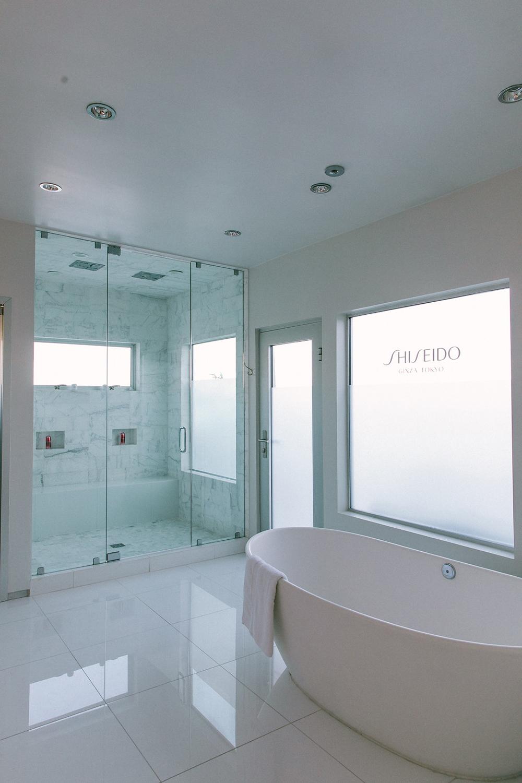 dreamy_bathtub.jpg
