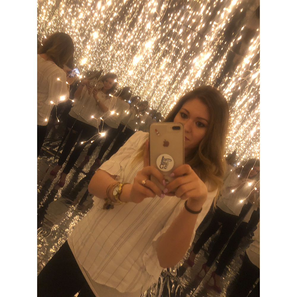 Infinity Room selfie!