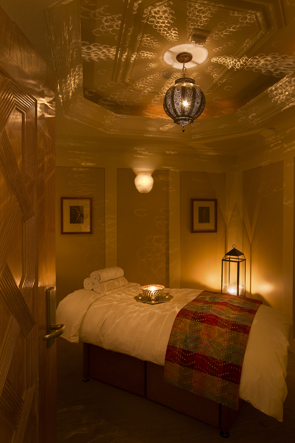 Treatments include the Beverly Body Bliss Massage, which incorporates a soothing hot stone massage and a dusting of 24k gold.