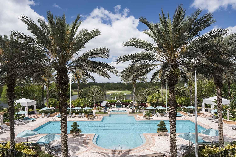 Swimming pool at the Ritz-Carlton Orlando Grande Lakes.