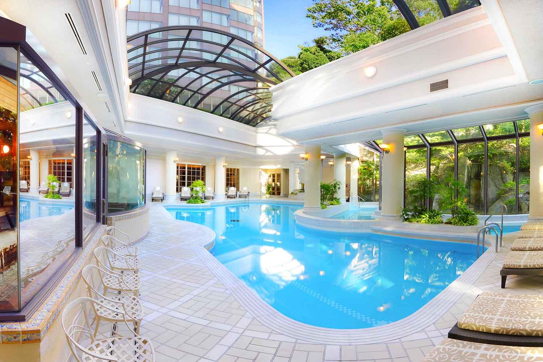 Hotel Chinzanso's swimming pool.