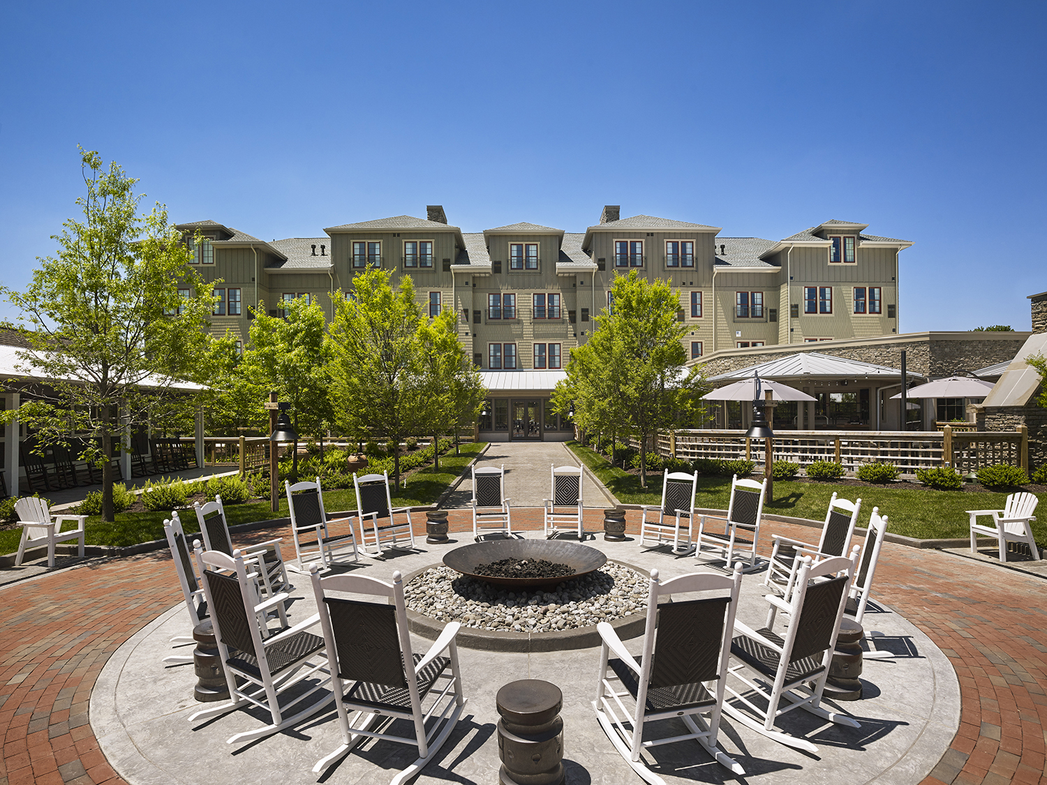 The Inn features luxurious guest rooms and suites, two locally inspired restaurants, a full service spa and salon, and an array of versatile event spaces.