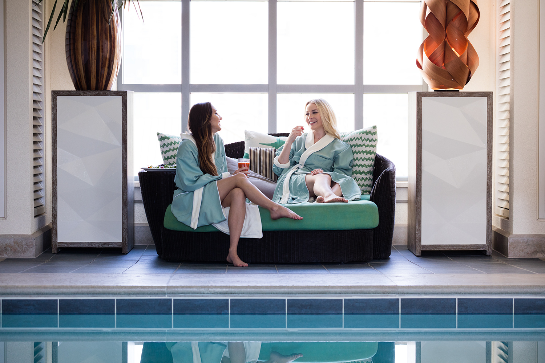 DavidMeredith girls by pool.jpg