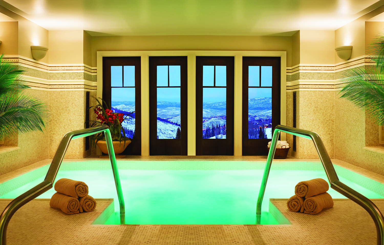 Spa Montage Deer Valley offers relaxing jetted whirlpools among its amenities.
