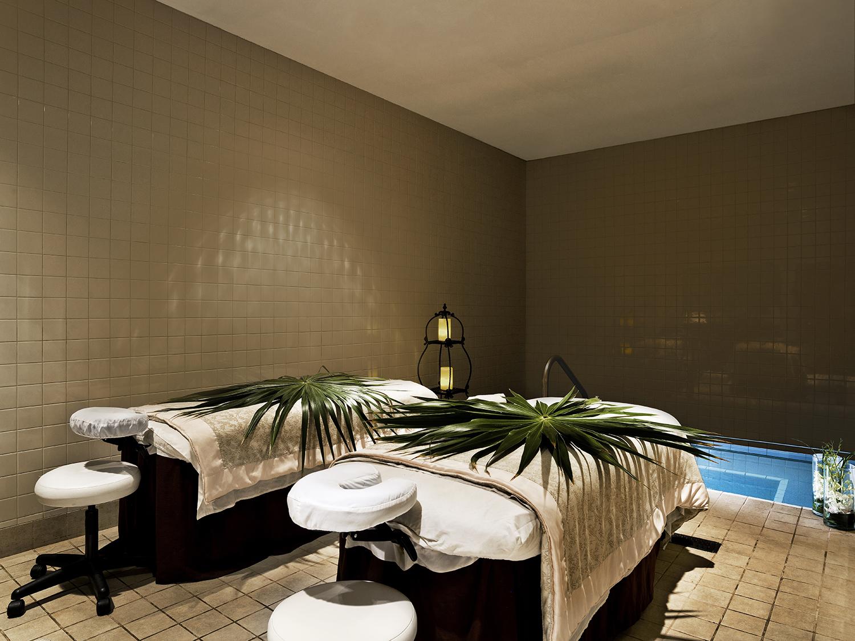 Westin Grand Cayman Seven Mile Beach Resort & Spa.