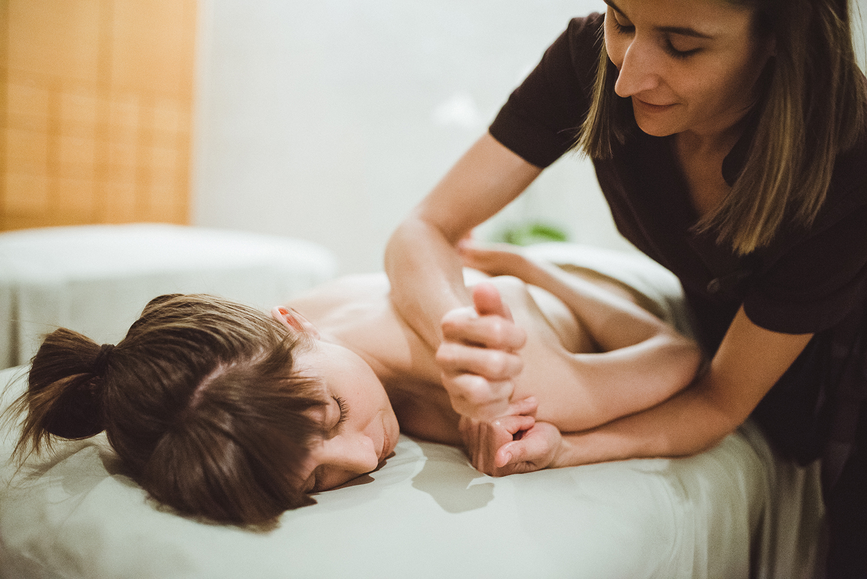 masseuse.jpg