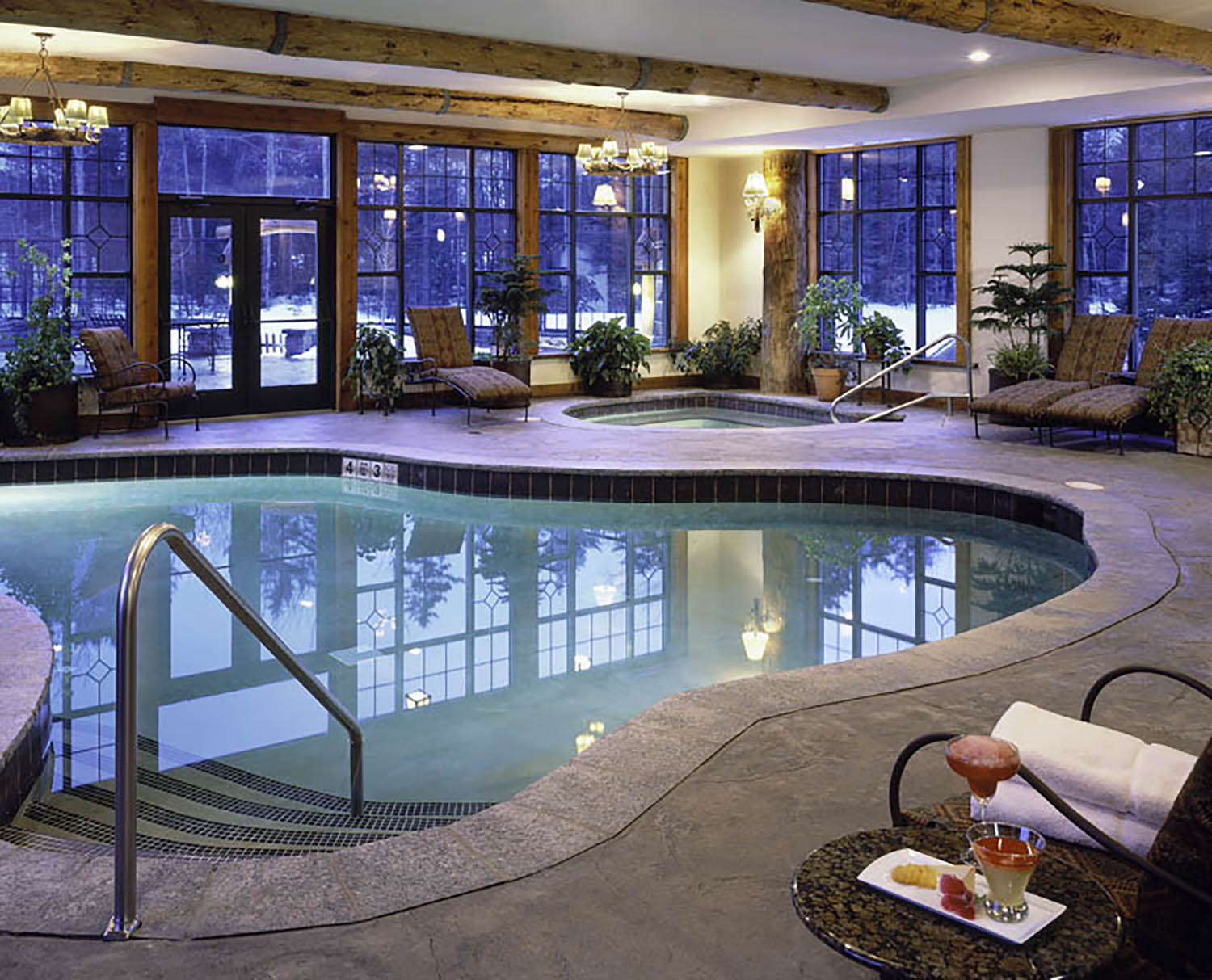 The indoor pool and Jacuzzi.