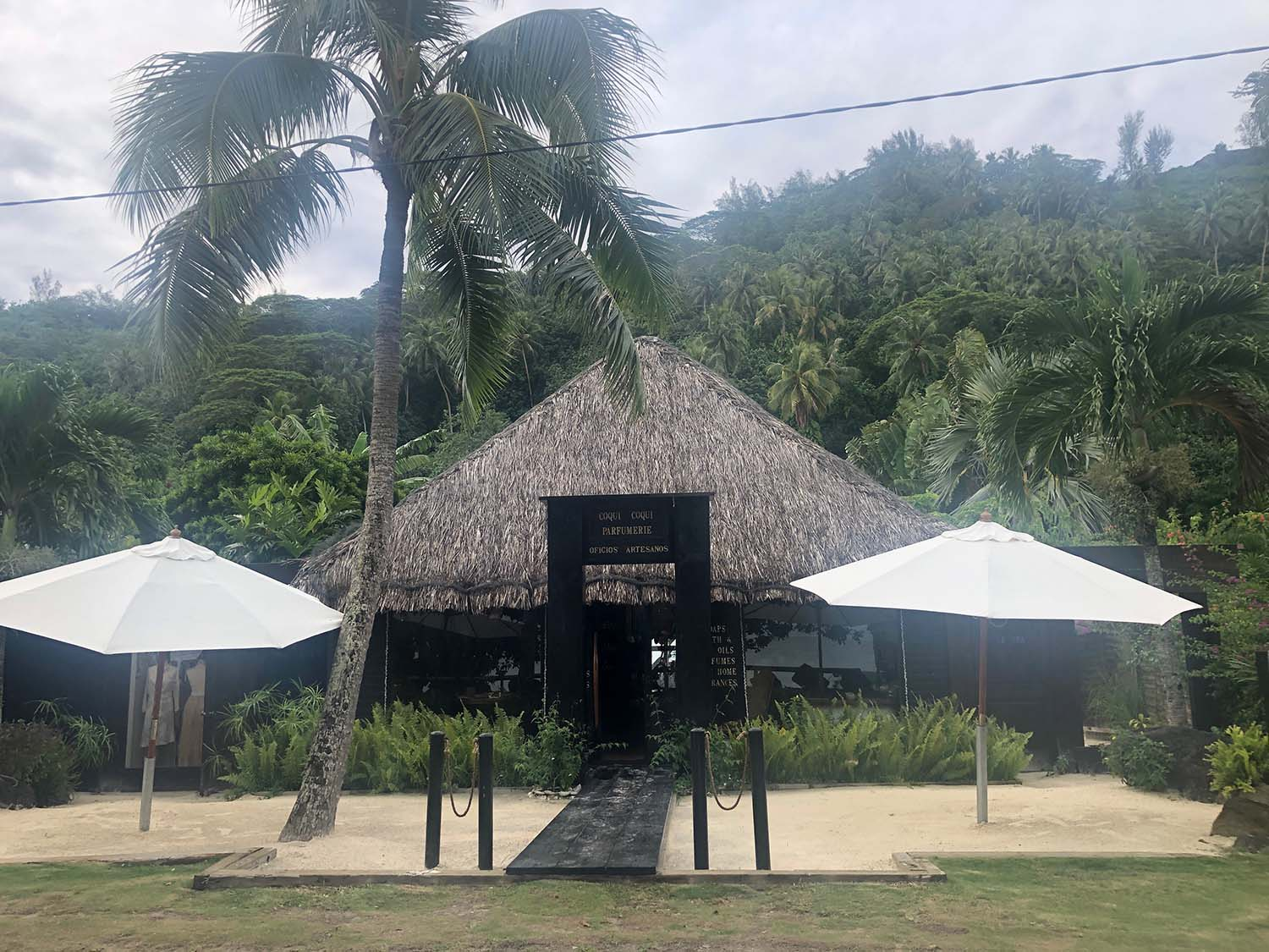 Coqui Coqui's new beach boutique in Bora Bora.