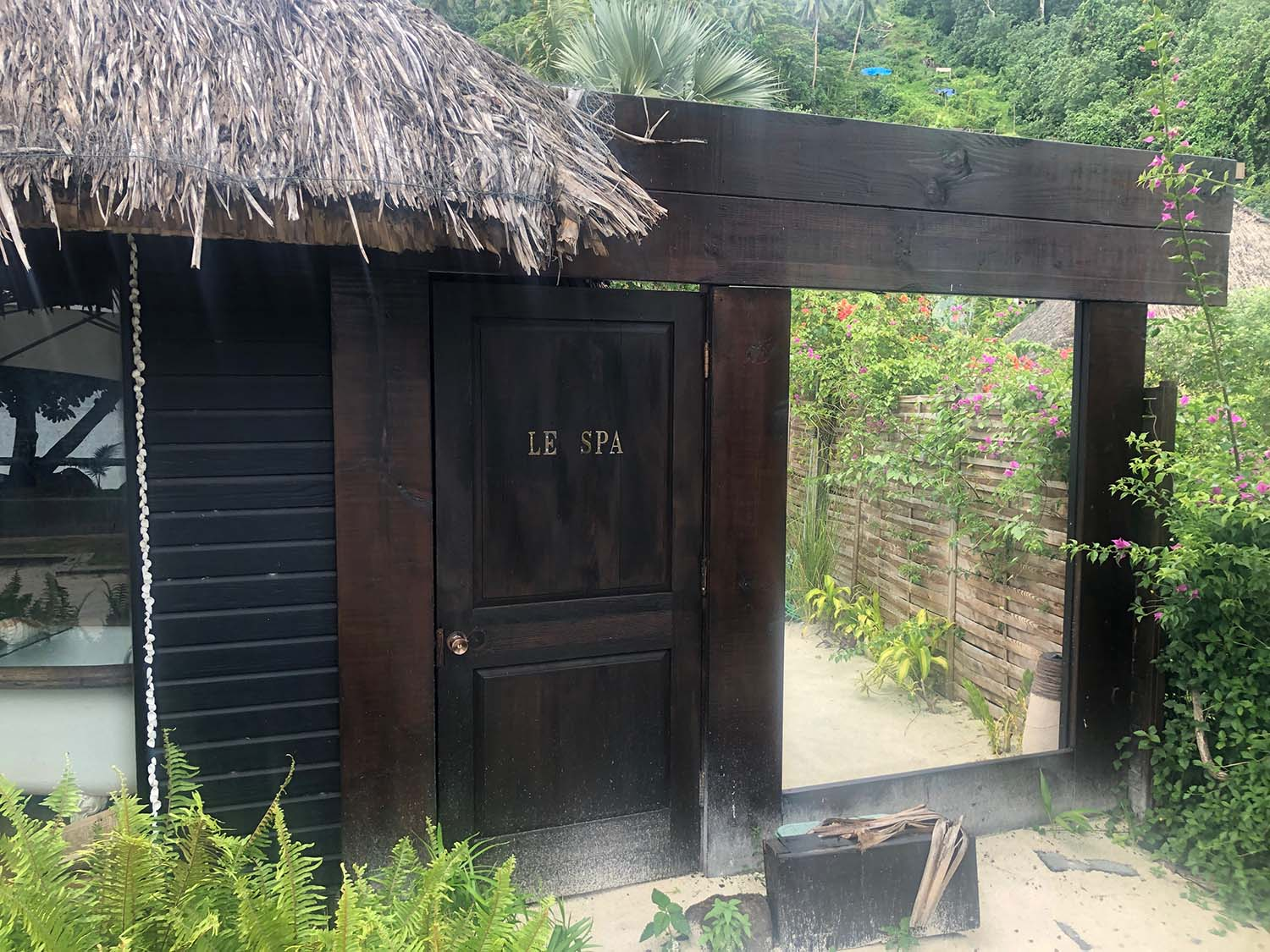 Coqui Coqui Bora Bora is also home to a charming day spa, Le Petit Spa Matira.