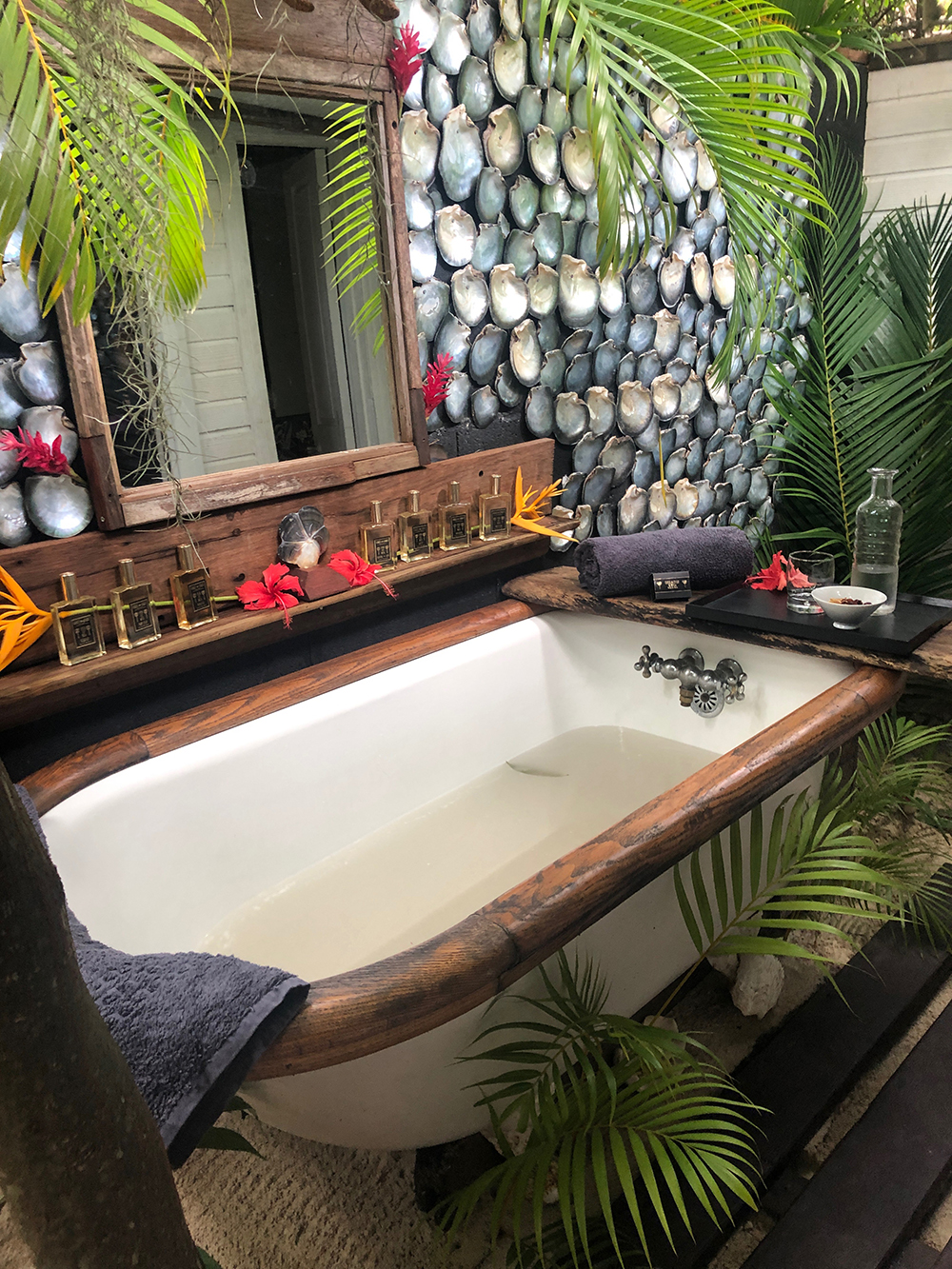 tub other view.jpg