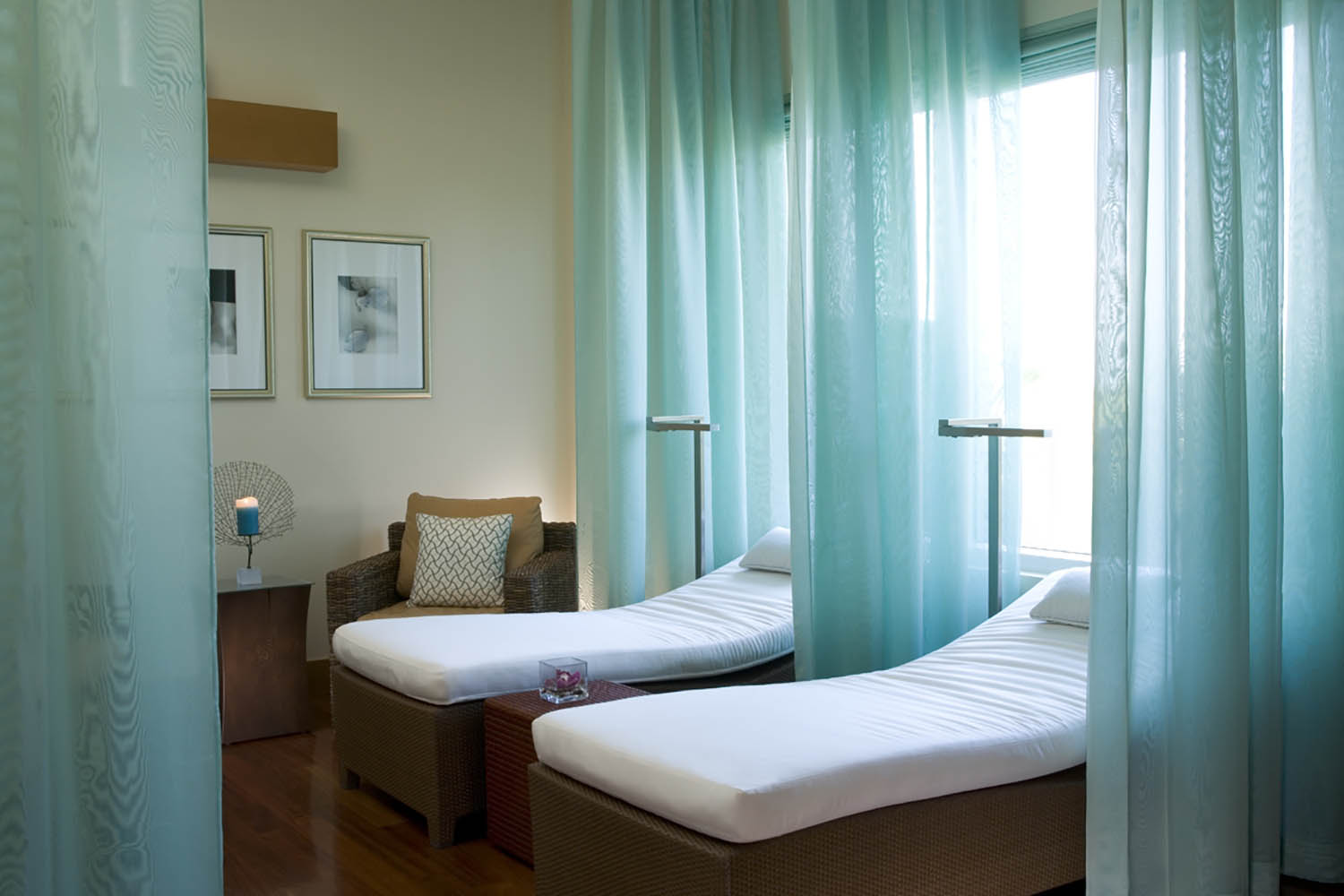 Guests can relax on spa beds at SiSpa before or after their treatments.