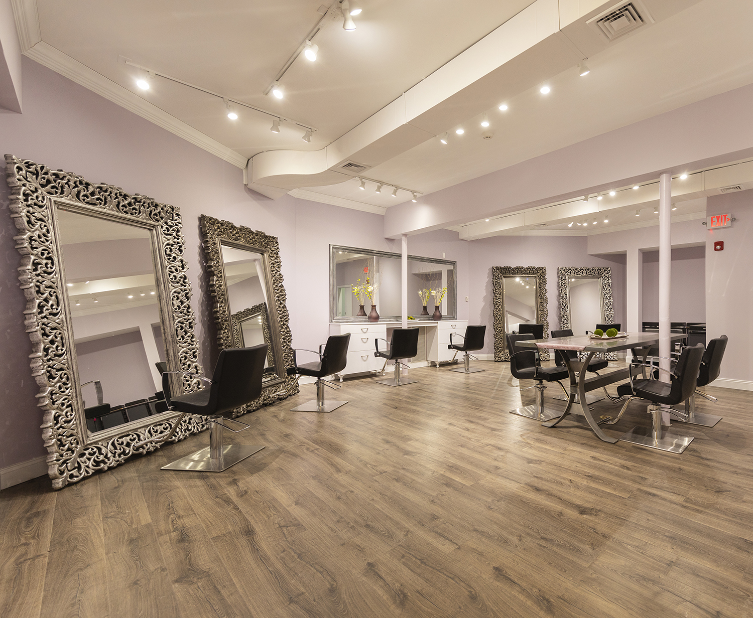 The salon's style bar.