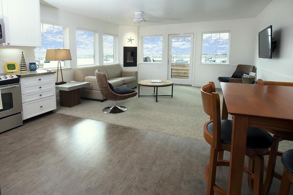 Harbor-Front-Suites.jpg