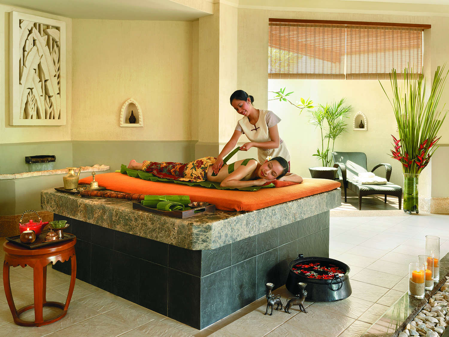 Banana leaf treatment at CHI, The Spa.