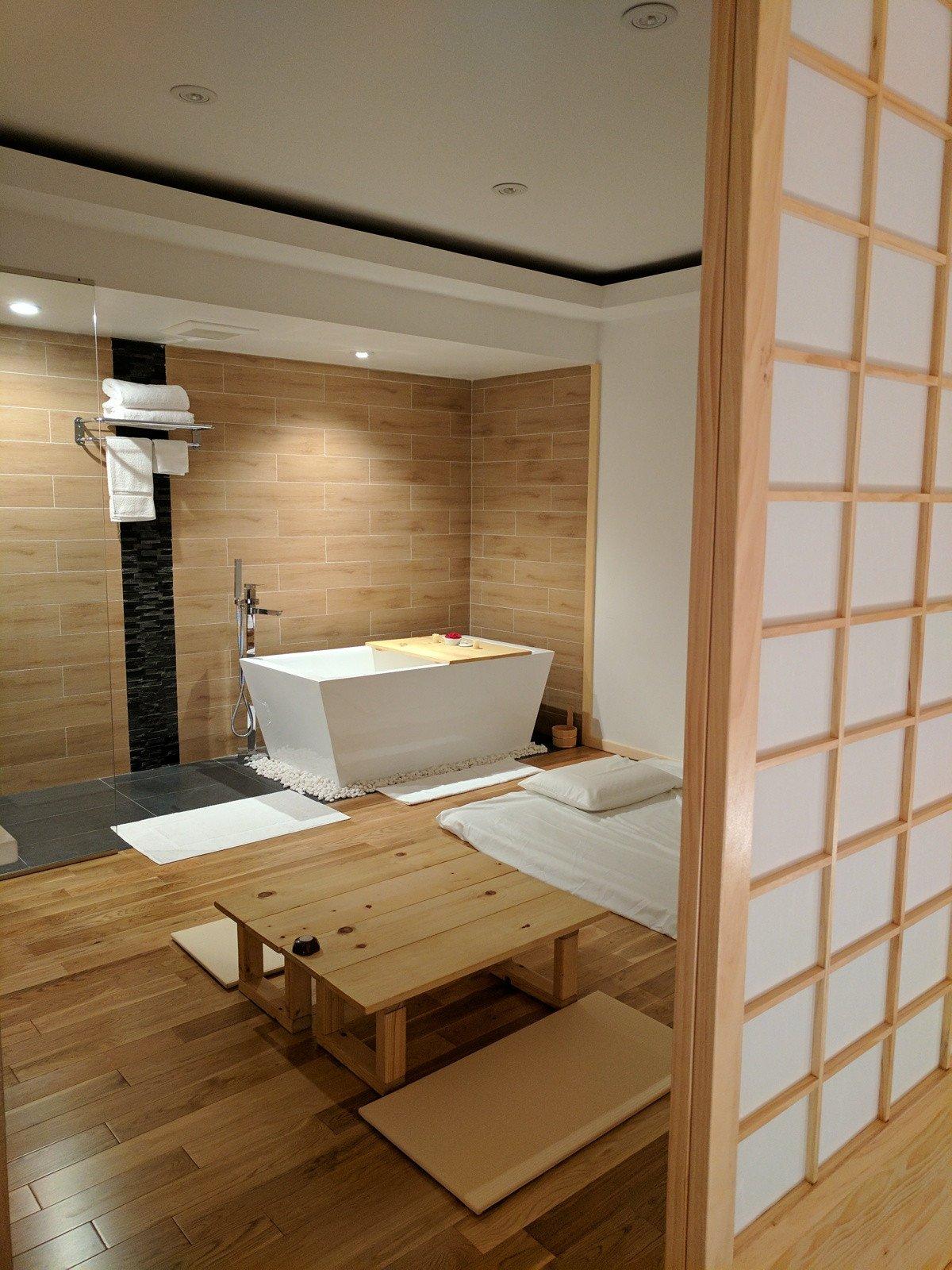 hideko_spa_-_gallery_-_room.jpg