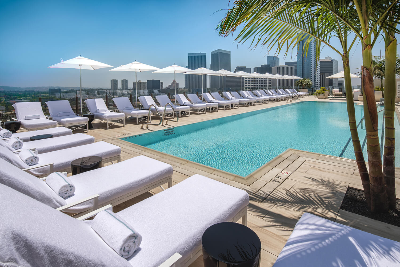 Waldorf Beverly Hills.jpg