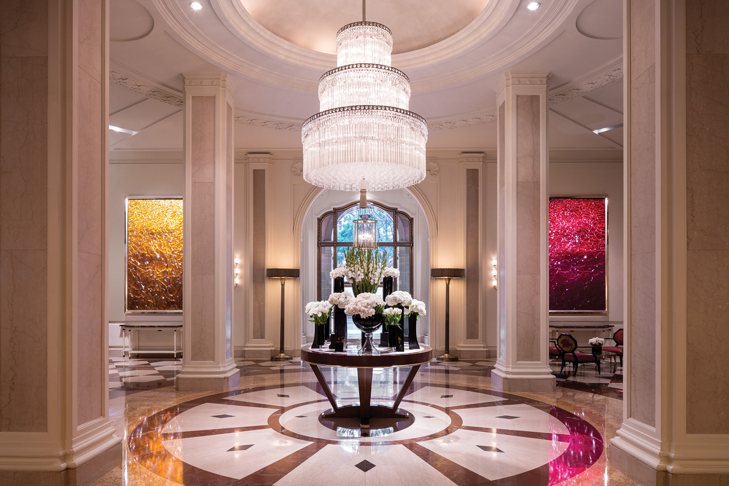 The Wilshire Wing lobby.