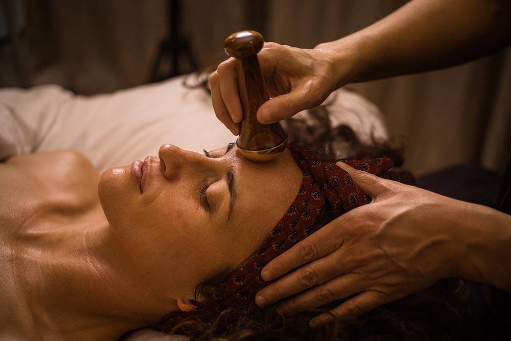 Kansa massage at EarthTonics Spa.