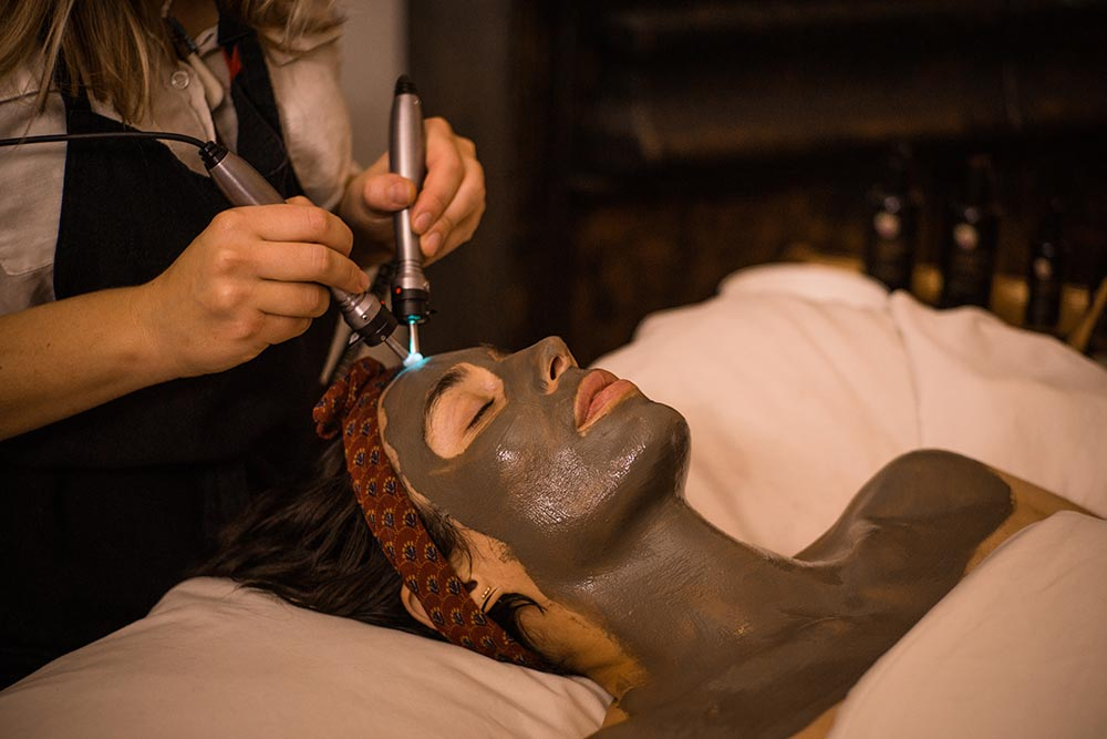 The Microcurrent and Light Bio-Frequency Facial at EarthTonics Spa helps to lift, firm, clarify, and brighten skin.