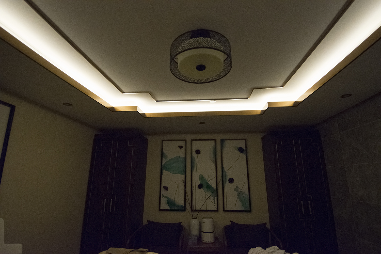 The intricately designed ceiling in one of the treatment rooms.
