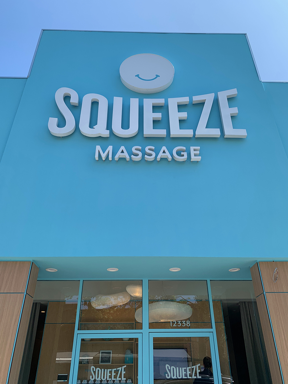The entrance to Squeeze in Studio City, California.
