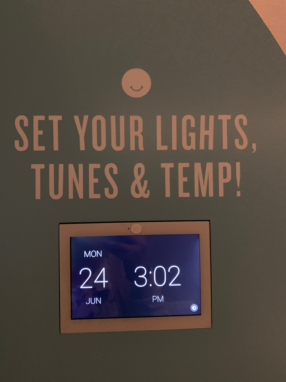 In addition to choosing music, guests can also adjust the room's temperature and lighting.
