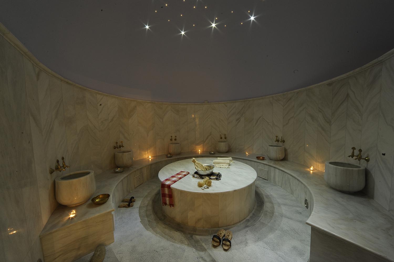 The open bathing area of Hammam Bathing House Athens. [Image courtesy of Hammam Bathing House Athens]