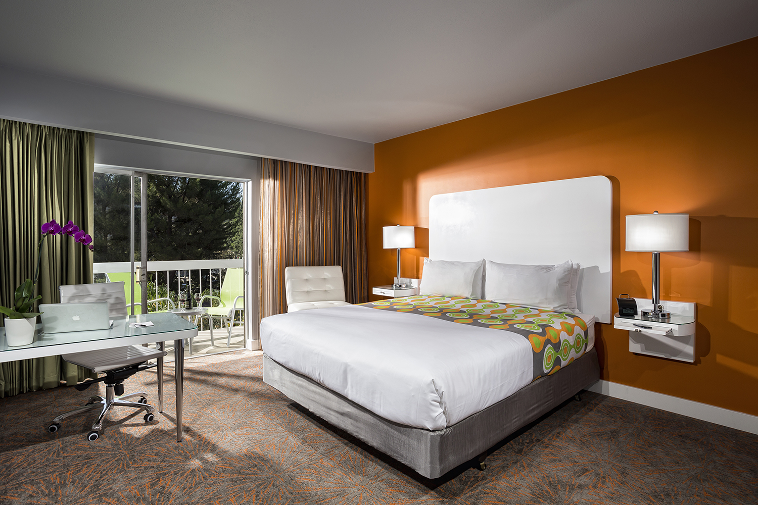 Guests booking a four-night stay at the historic hotel during the month of July will receive celebrity treatment, including four complimentary breakfast meals throughout their stay.