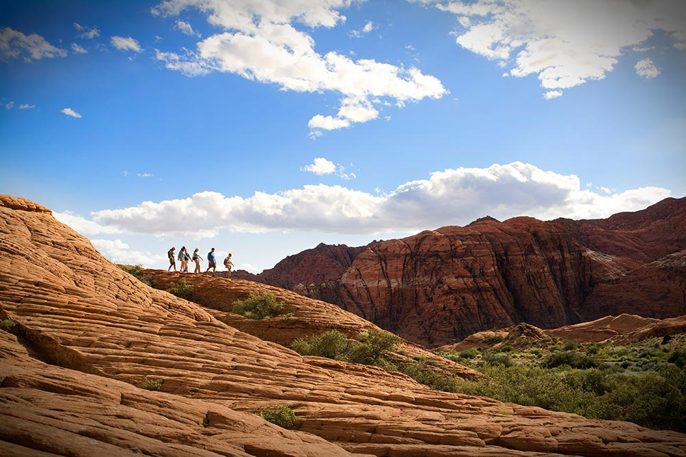 hiking_five-hikers-on-ridge.jpg